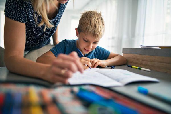 Découvrir le métier d'assistante familiale de la fonction publique hospitalière