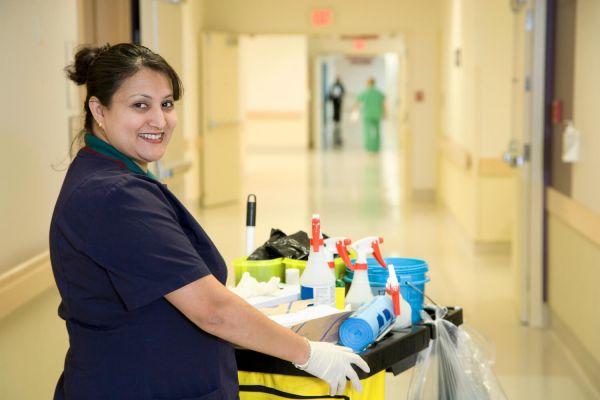 ASHQ : Evolution de carrière d'un agent de service hospitalier qualifié